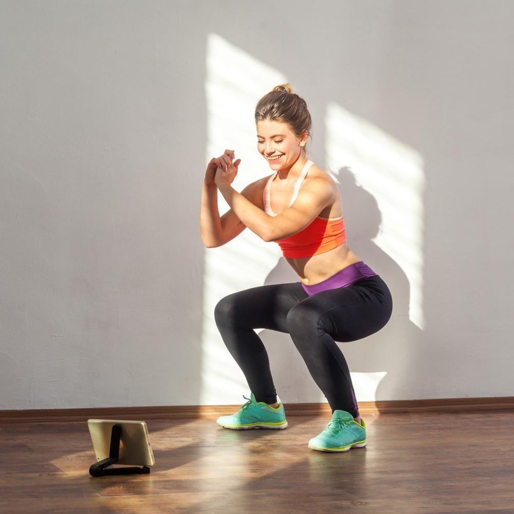Lockdown-Fitness-mit-Pamela-Reif