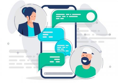Zwei Personen chatten per Messenger miteinander